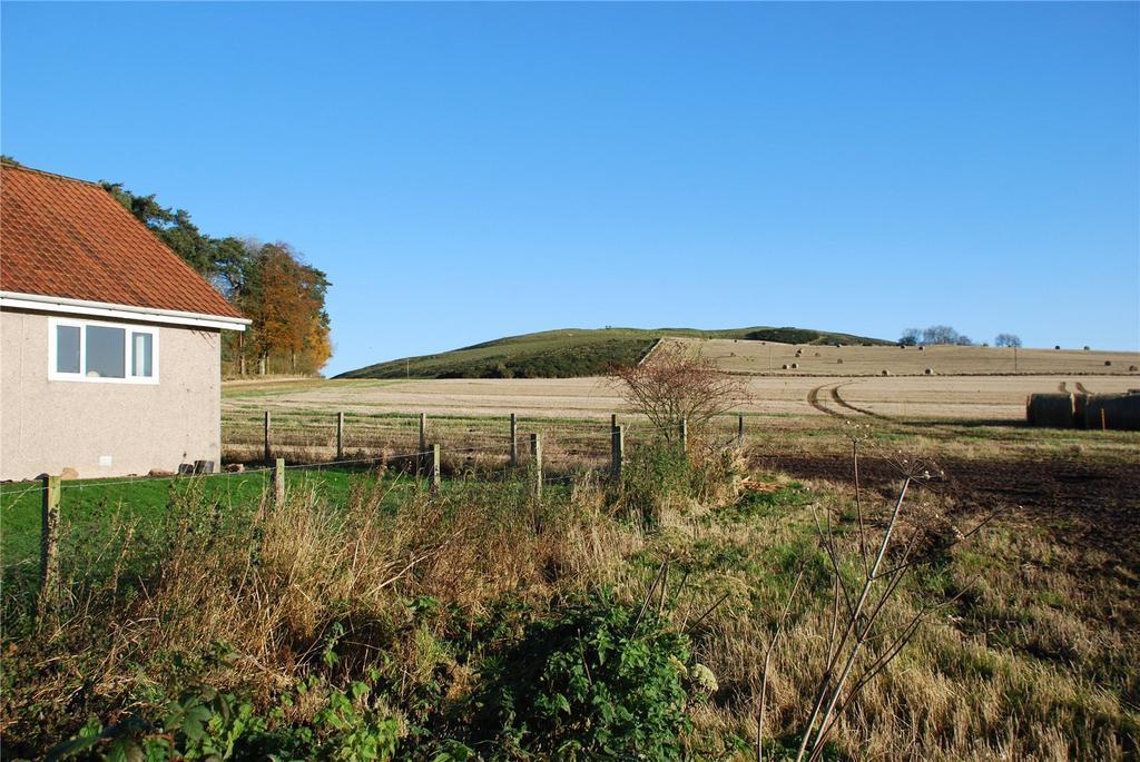 3 Bedrooms Detached House for rent in The Bungalow, Rathillet, Cupar, Fife, KY15