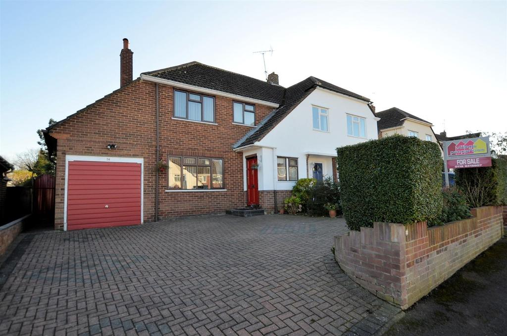 3 Bedrooms Semi Detached House for sale in Brooksby Road, Tilehurst, Reading