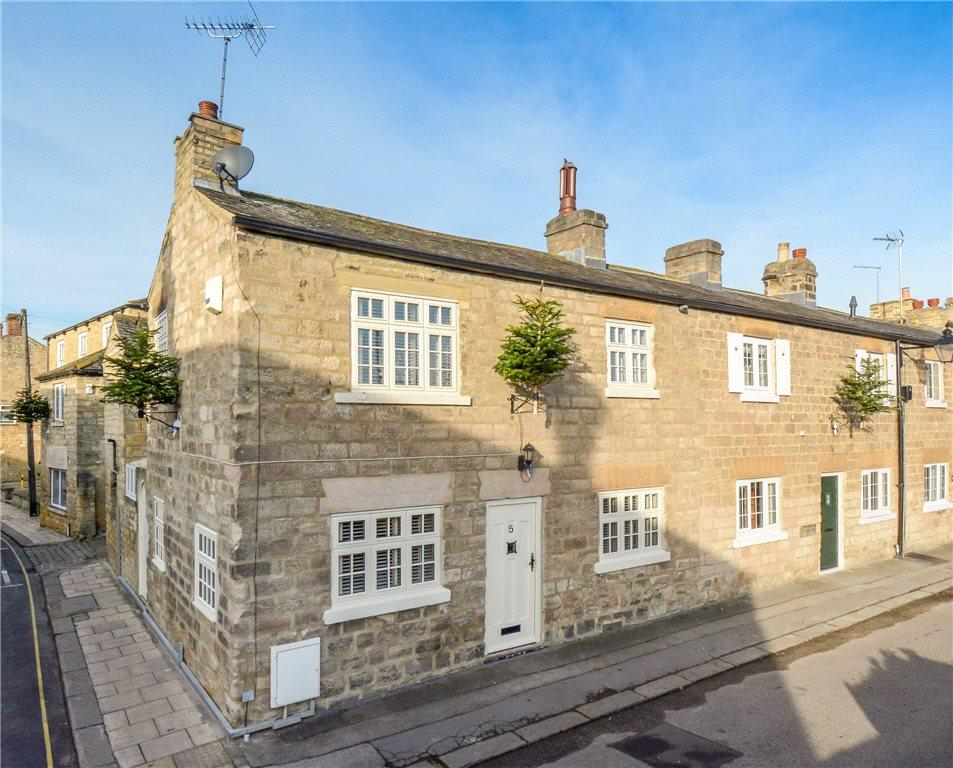 3 Bedrooms End Of Terrace House for sale in Church Street, Wetherby, West Yorkshire