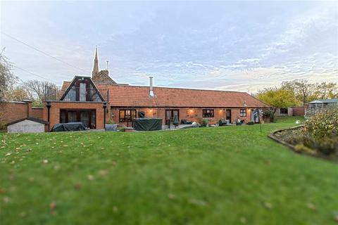 4 bedroom property for sale - Maple Pond, Rushden Road, Newton Bromswold