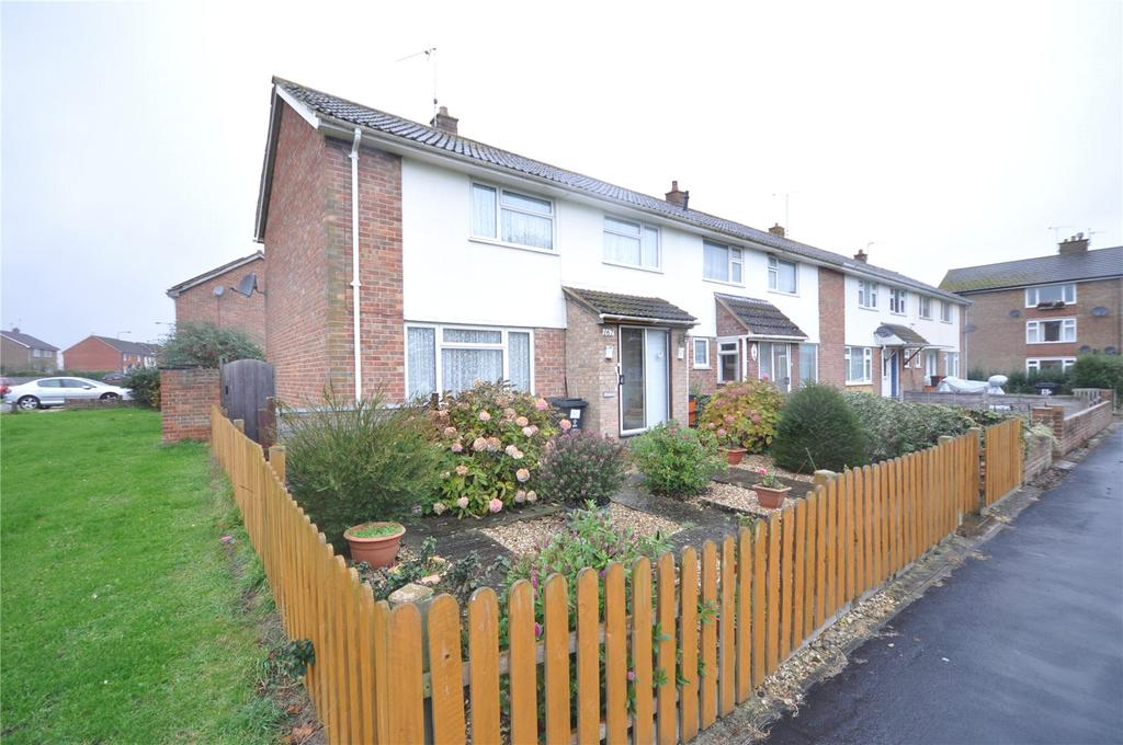 3 Bedrooms End Of Terrace House for sale in Whitbourne Avenue, Park North, Swindon, Wiltshire, SN3