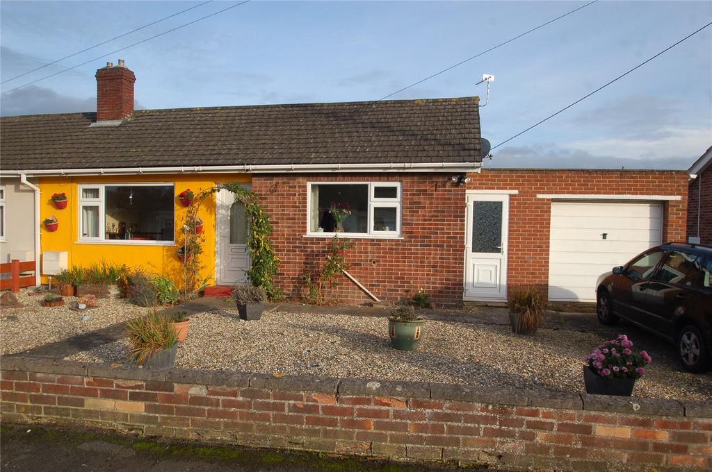 2 Bedrooms Semi Detached Bungalow for sale in Sussex Avenue, Bridgwater, Somerset, TA6