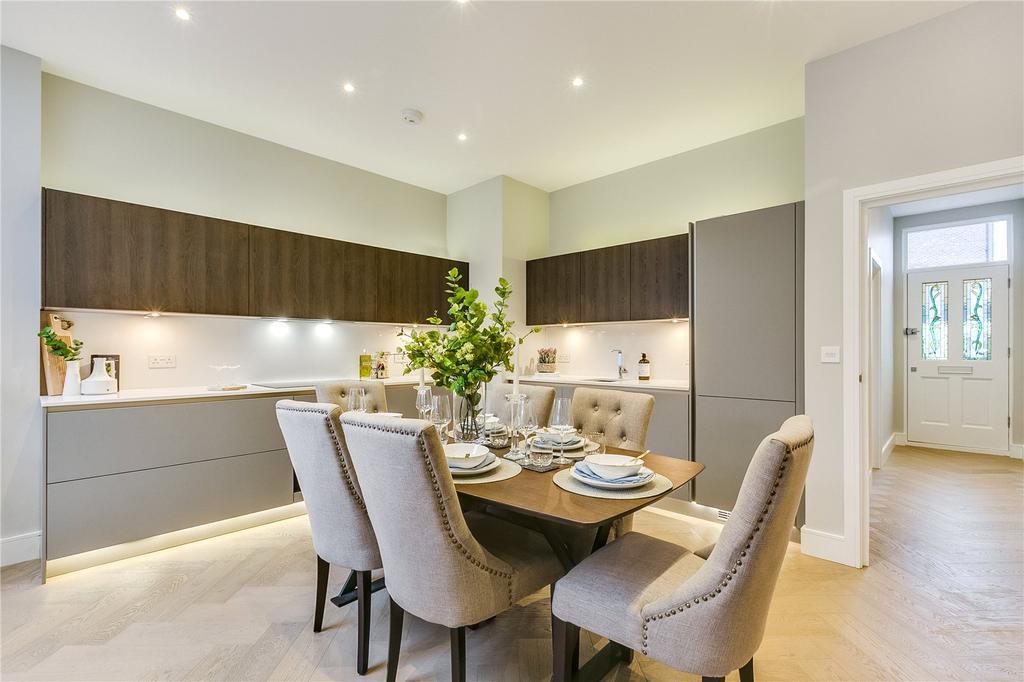 3 Bedrooms Flat for sale in Lavender Sweep, Battersea, London