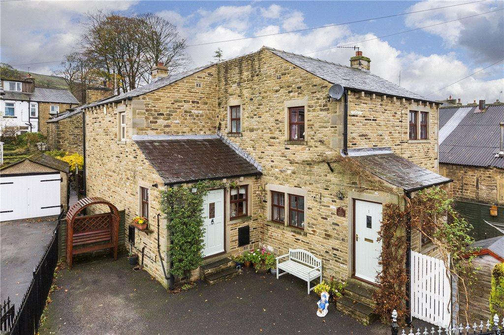 2 Bedrooms Semi Detached House for sale in West Lane, Sutton-in-Craven, Keighley