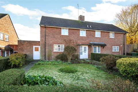 3 bedroom semi-detached house for sale - Fleming Road, Winchester, Hampshire, SO22