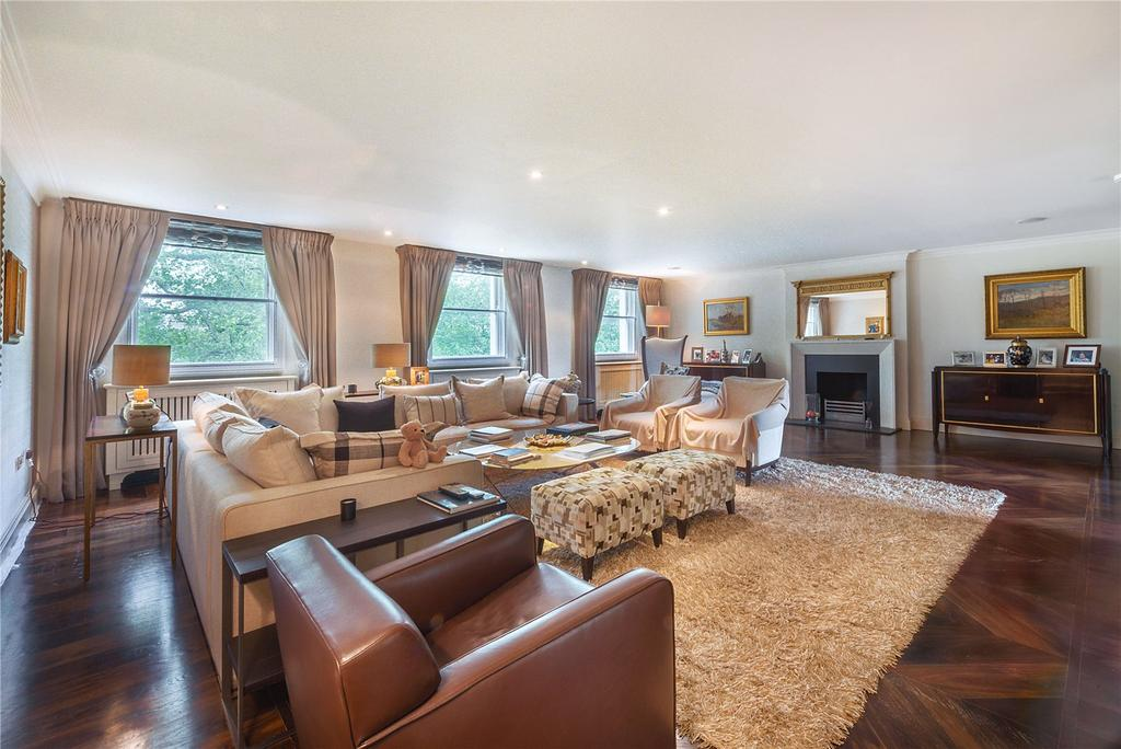 3 Bedrooms Flat for sale in Eaton Square, London