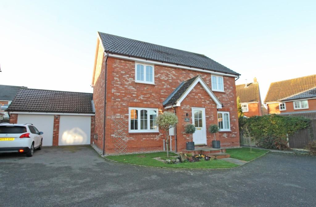 4 Bedrooms Detached House for sale in Saxmundham, Suffolk