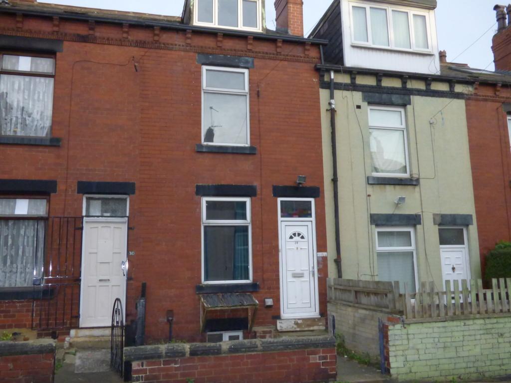 4 Bedrooms Terraced House for sale in Burlington Road, Beeston, LS11 7DR