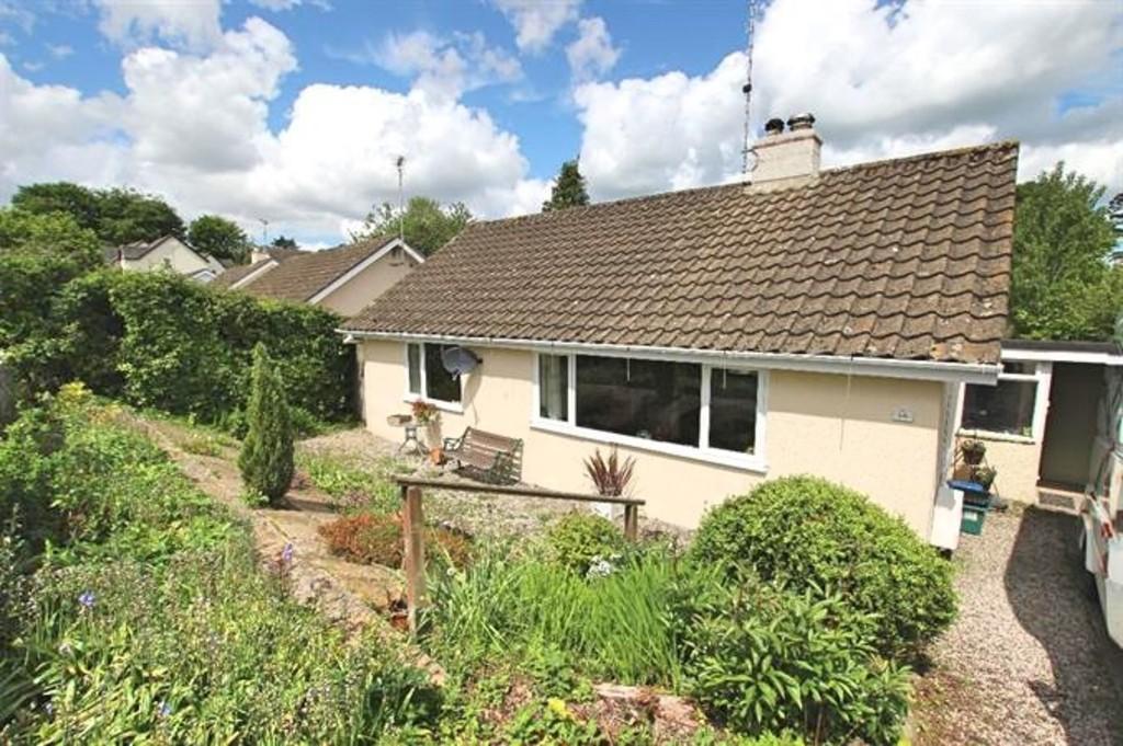 2 Bedrooms Detached Bungalow for sale in St Bernards Close, Buckfast