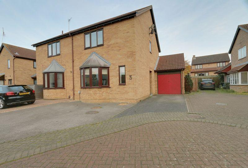 4 Bedrooms Semi Detached House for sale in Meldon Place, Ely