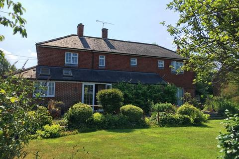 4 bedroom detached house to rent - Heath Road, Soberton, Nr Winchester / Petersfield, Hampshire