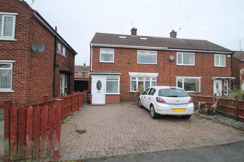 4 Bedrooms Semi Detached House for sale in Sandown Road, Billingham