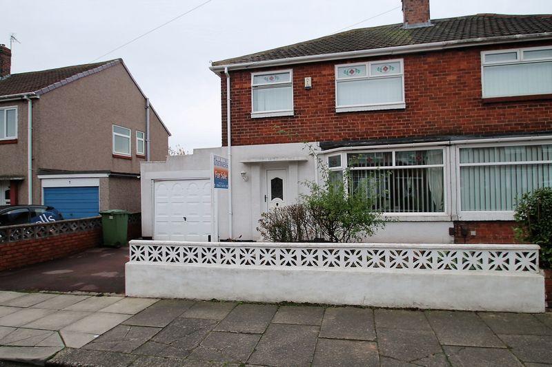 3 Bedrooms Semi Detached House for sale in Matlock Gardens, Billingham