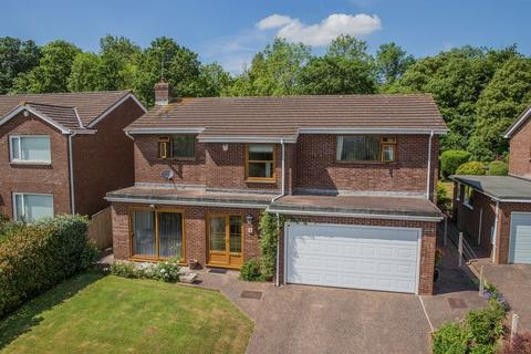 4 bedroom detached house for sale - Fairfield Road, Crediton