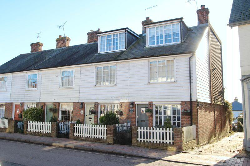 3 Bedrooms Semi Detached House for sale in High Street, Etchingham