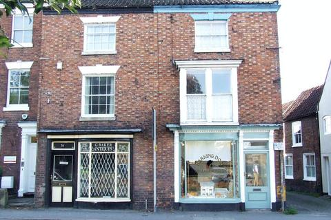 3 bedroom terraced house for sale - South Street, Horncastle