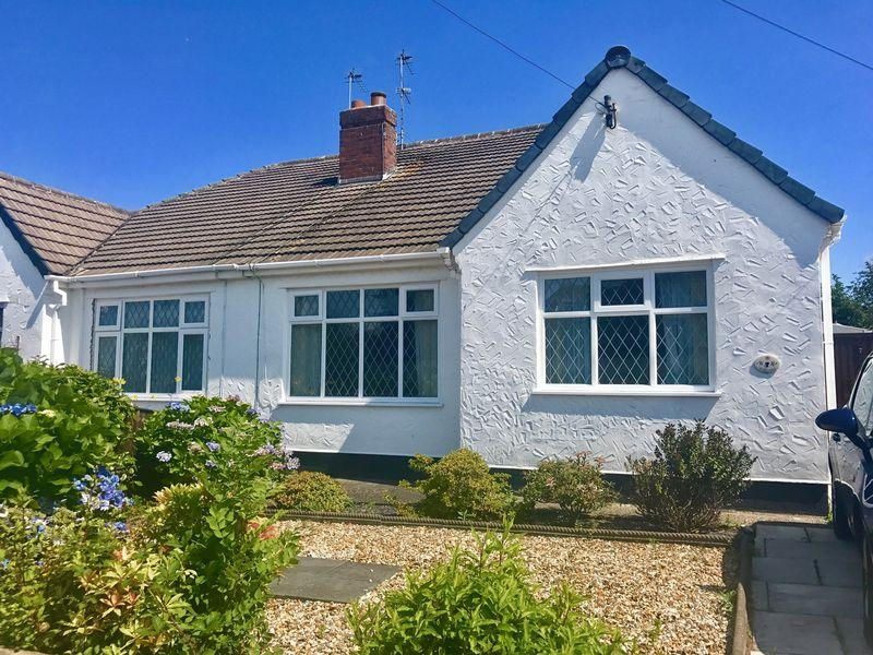 2 Bedrooms Bungalow for rent in Shaw Lane, Wirral