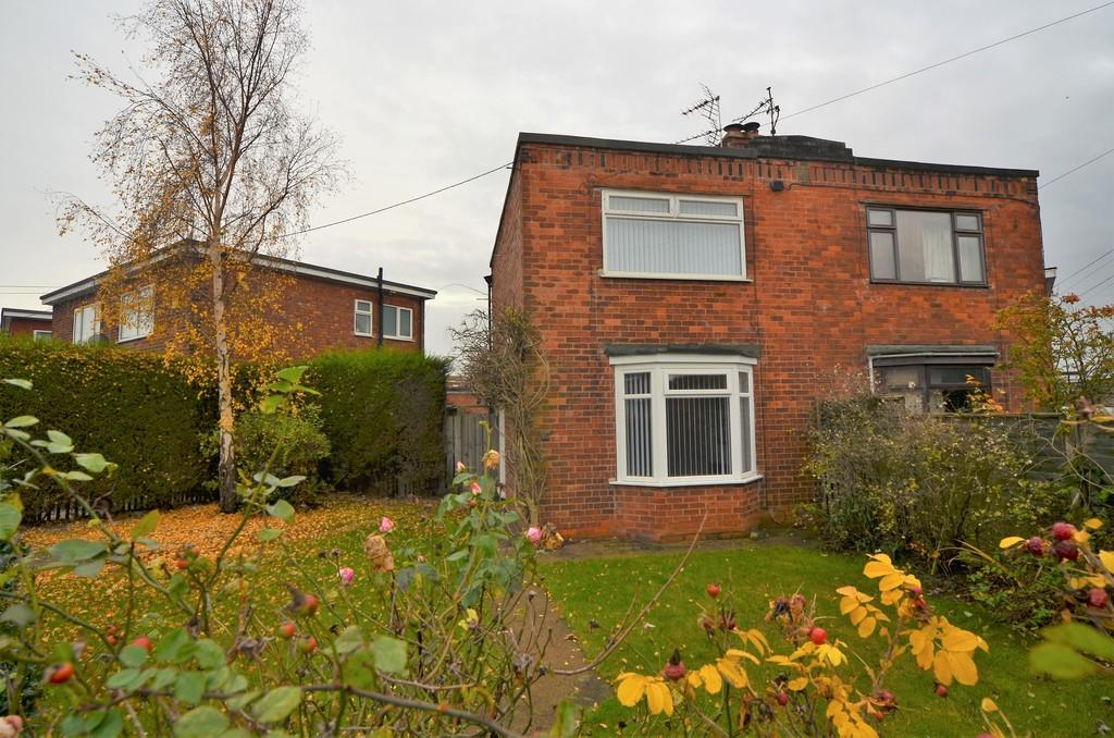 2 Bedrooms Semi Detached House for sale in Colwall Avenue, Priory Road