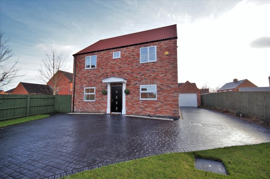 4 Bedrooms Detached House for sale in Durham Close, Bracebridge Heath