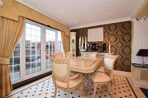 5 bedroom semi-detached bungalow for sale - Hever Avenue, West Kingsdown, Sevenoaks, Kent