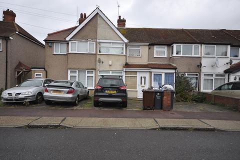 3 bedroom terraced house for sale - Oval Road North, Dagenham