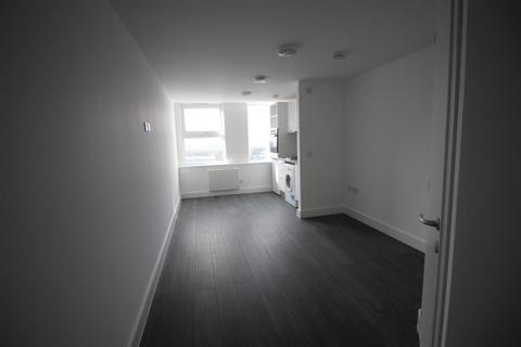 Studio to rent - Terminus street,  260, CM20