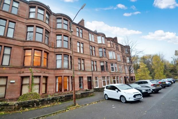 2 Bedrooms Flat for sale in Woodford Street, Shawlands, G41