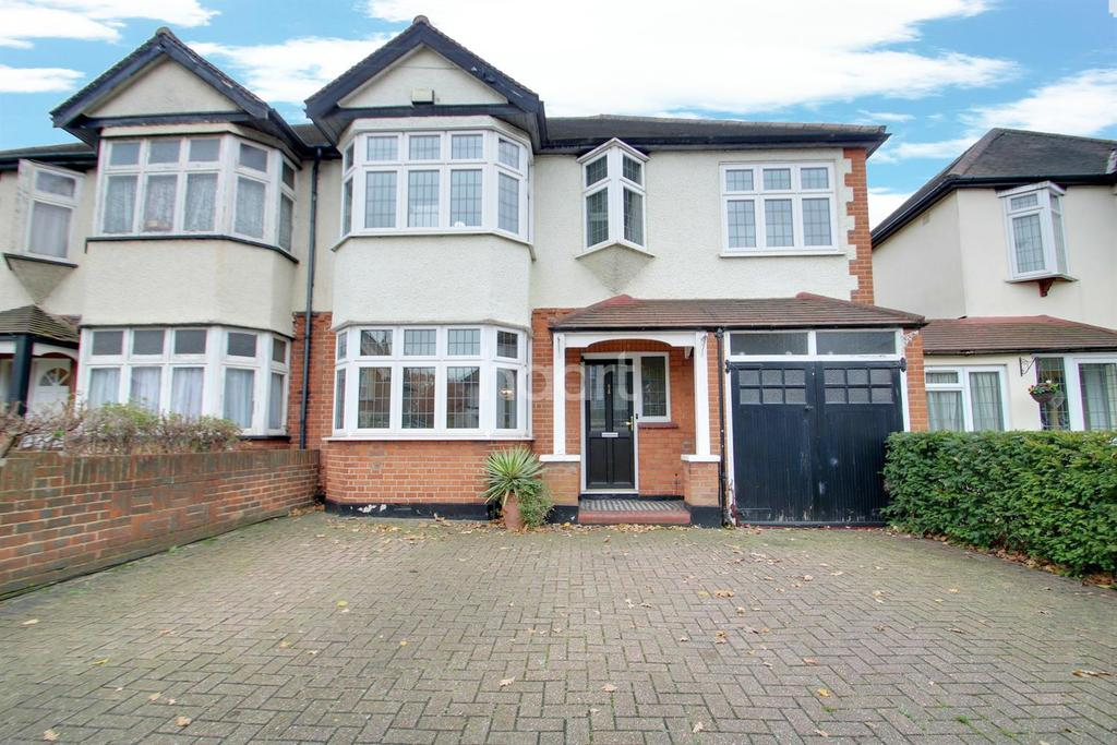 5 Bedrooms Semi Detached House for sale in Heath Park Road, Gidea Park