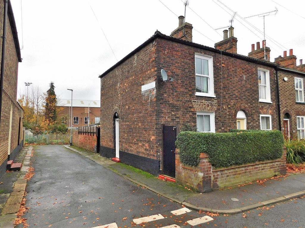 2 Bedrooms End Of Terrace House for sale in Extons Road, King's Lynn