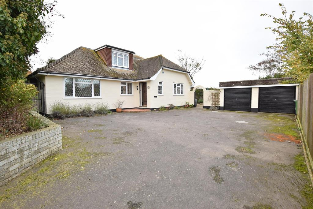 5 Bedrooms Detached House for sale in St. Helens Down, Hastings
