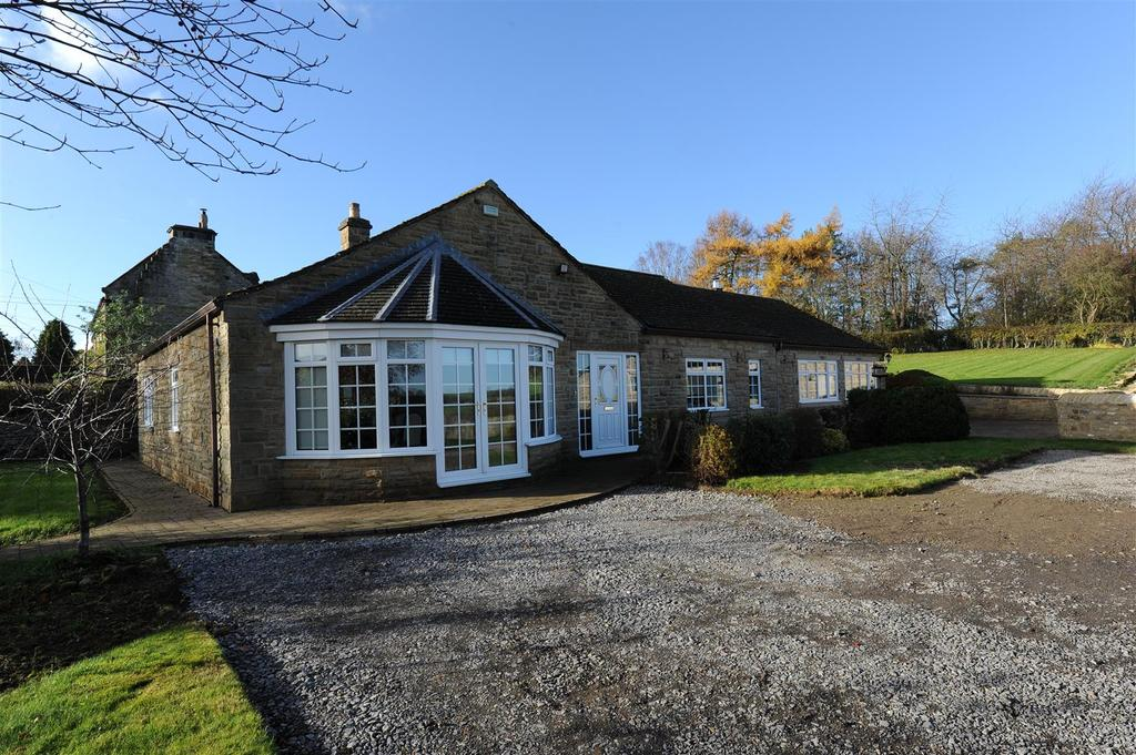 4 Bedrooms Detached Bungalow for sale in Richmond Road, Skeeby, Richmond