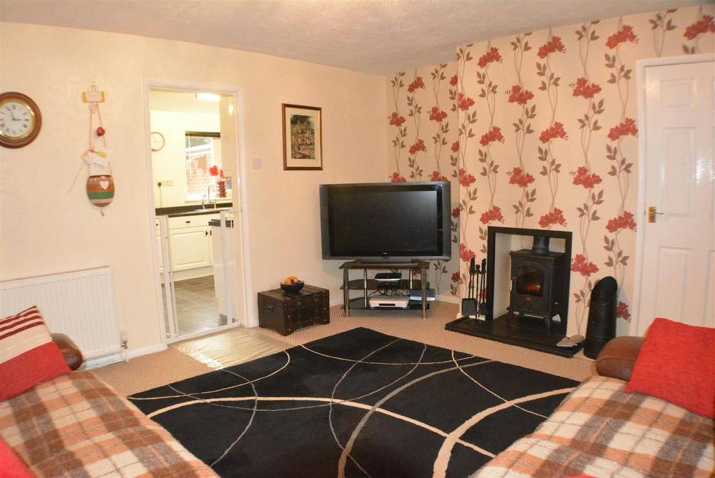 3 Bedrooms Detached House for sale in The Brambles, Walesby, Newark