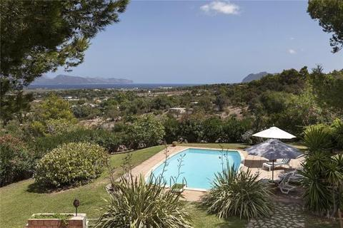 4 bedroom detached house  - Villa With Views Of Pollensa Bay, Alcudia, Mallorca