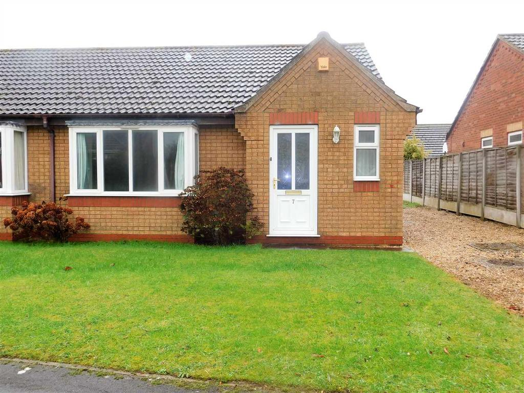 2 Bedrooms Bungalow for sale in BARLEY CLOSE, HIBALDSTOW, BRIGG
