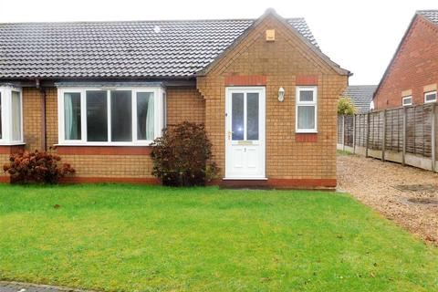 2 bedroom bungalow for sale - BARLEY CLOSE, HIBALDSTOW, BRIGG