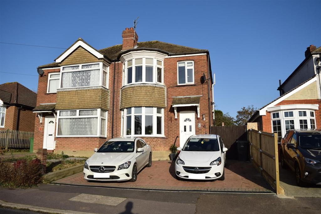 3 Bedrooms Semi Detached House for sale in Park View, Hastings