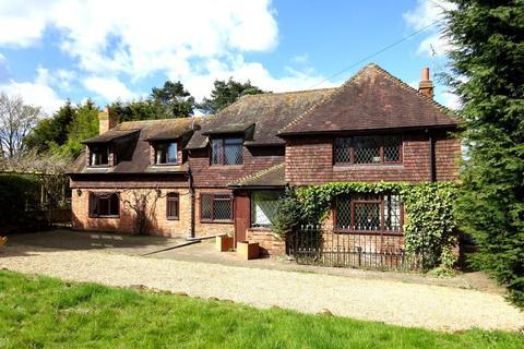 4 bedroom detached house to rent - SUNDRIDGE
