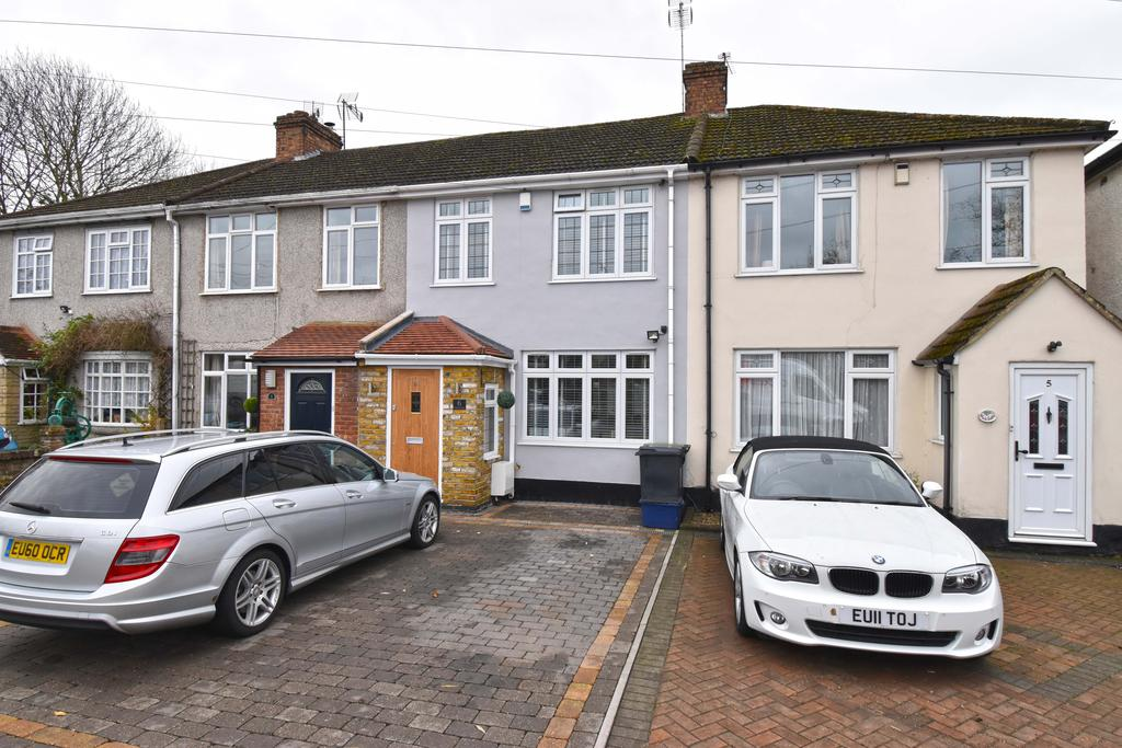 3 Bedrooms Terraced House for sale in Blackadder Cottages, Nazeing Road, Nazeing EN9