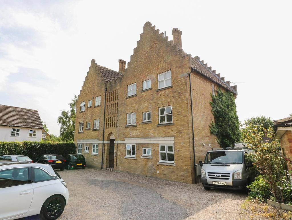 2 Bedrooms Apartment Flat for rent in Fore Street, Basildon SS15
