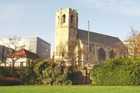 3 bedroom apartment for sale - St George's Church, Brentford