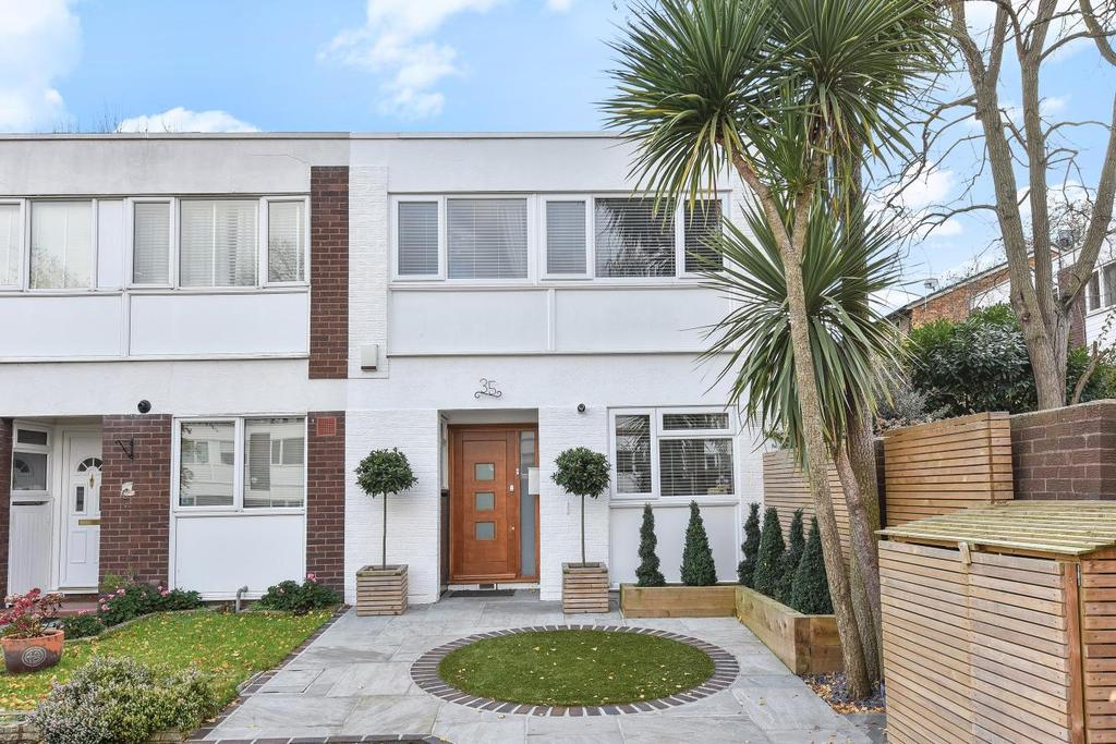 3 Bedrooms End Of Terrace House for sale in Springbourne Court, Beckenham