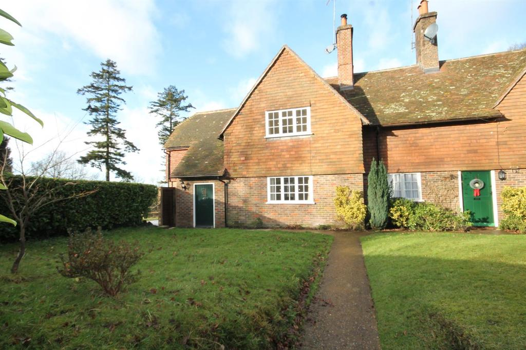 3 Bedrooms Cottage House for rent in Spronketts Lane, Warninglid, Haywards Heath