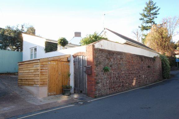 2 Bedrooms Cottage House for sale in Minehead