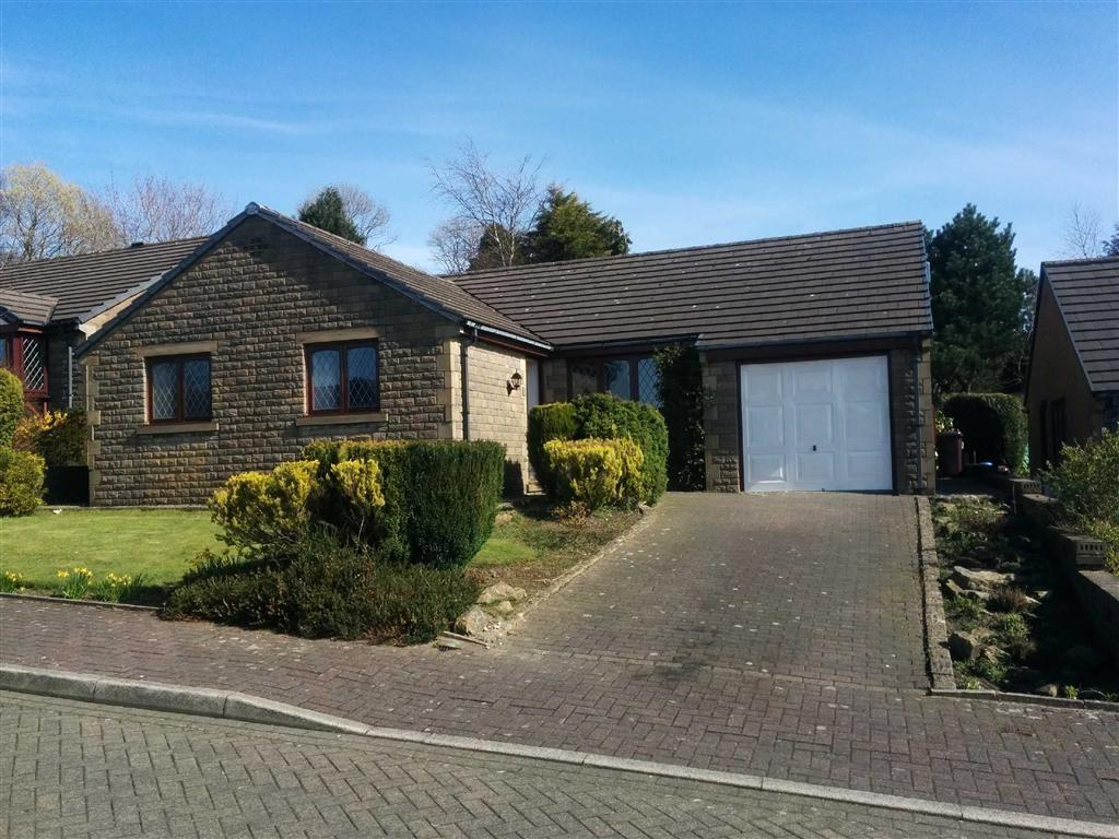 2 Bedrooms Detached Bungalow for sale in Marsden Court, Burnley, Lancashire