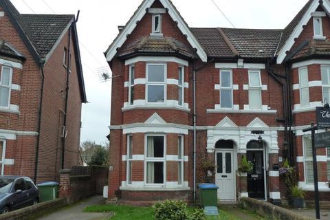 2 bedroom ground floor flat to rent - Landguard Road, Shirley, Southampton