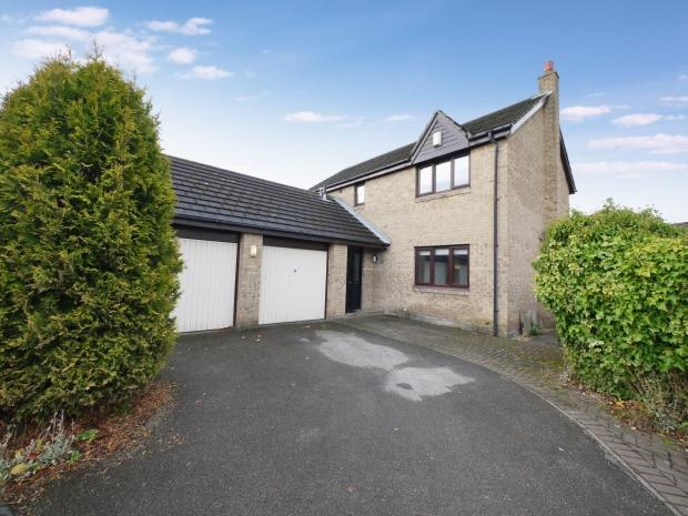 4 Bedrooms Detached House for sale in Bolehill Park Hove Edge Brighouse
