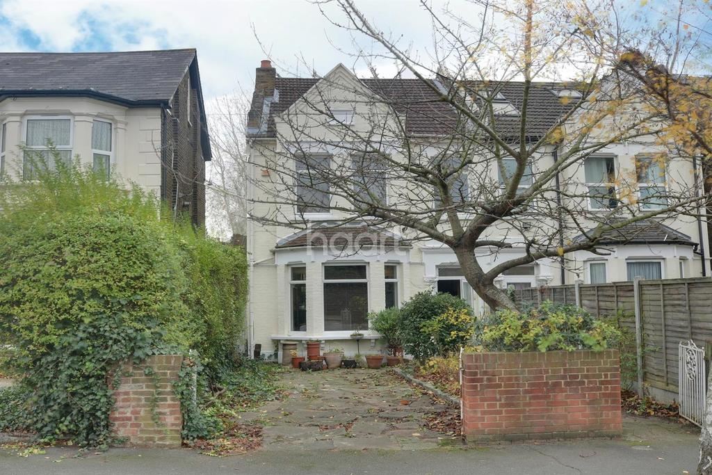 4 Bedrooms Terraced House for sale in Wallwood Road
