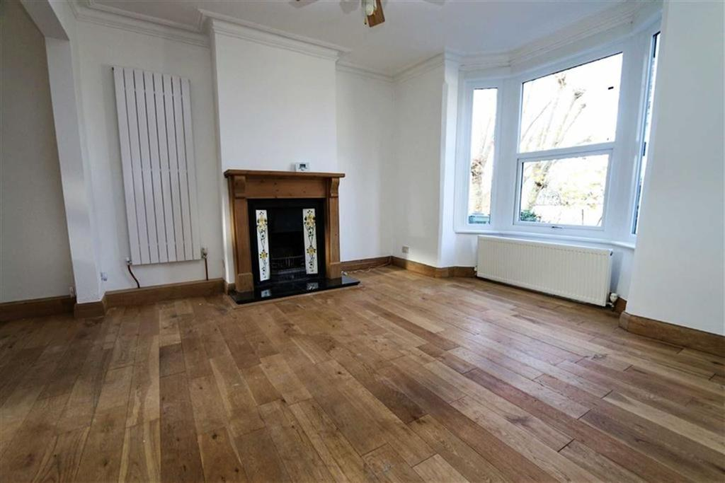 3 Bedrooms Terraced House for sale in Brewery Road, Plumstead, London, SE18