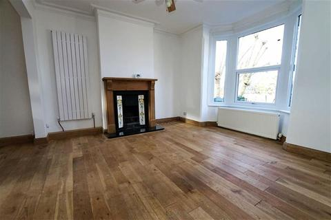 3 bedroom terraced house for sale - Brewery Road, Plumstead, London, SE18