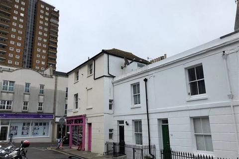Studio to rent - Trafalgar Street, Brighton BN1 4ED